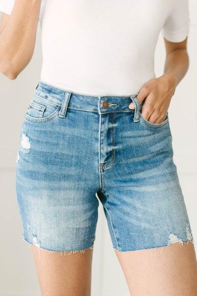 Straight Edge Shorts