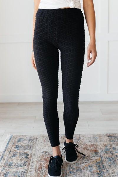 Seamlessly Cool Leggings in Black