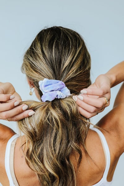 Life Saver Velvet Scrunchie In Blue
