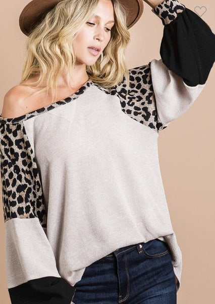 Charlee Cozy Leopard Top