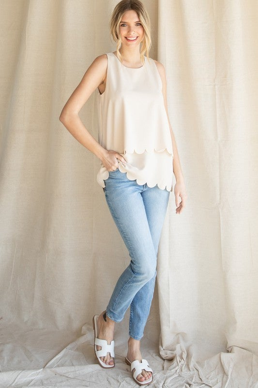 Double Layered Scalloped Sleeveless Top