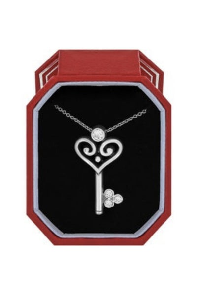 Alcazar Heart Key Necklace Gift Box