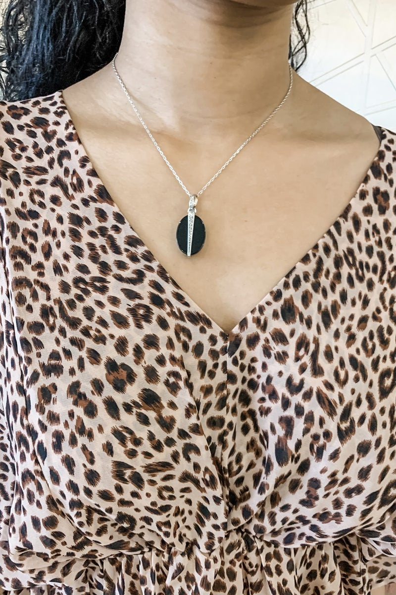 Neptune's Rings Oval Agate Reversible Short Necklace (Color Options)