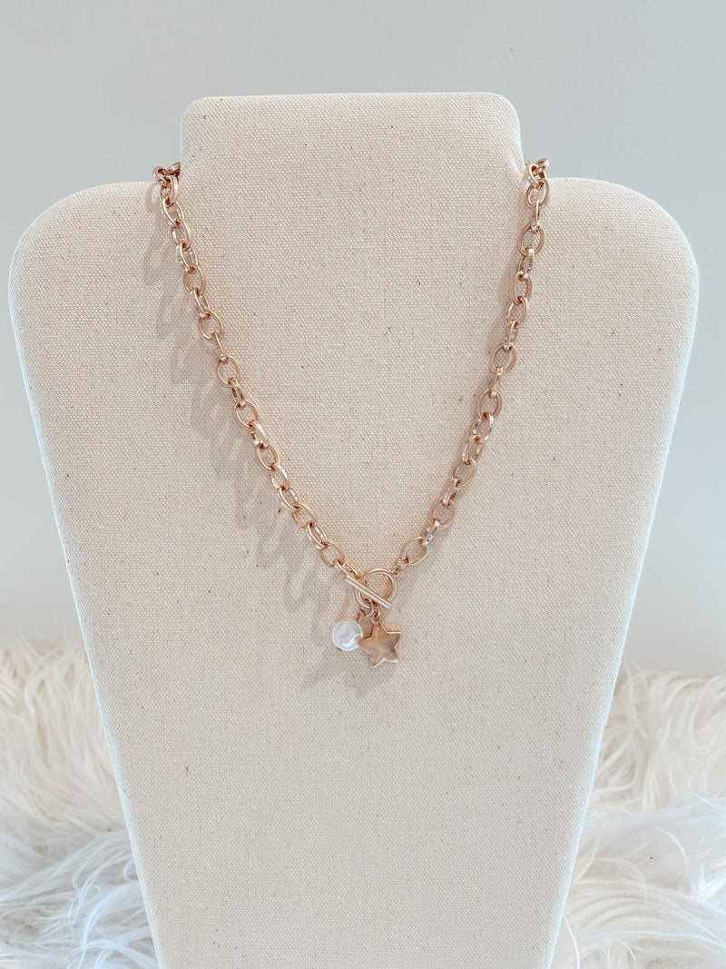 Toggle Chain Star and Pearl Necklace