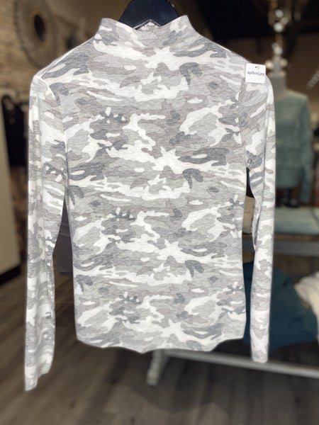 Fitted Mock Neck Camo Top