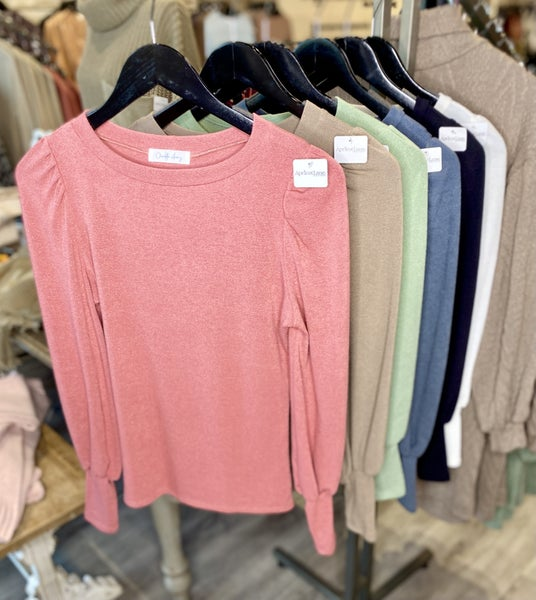 Fitted Puff Sleeve Top