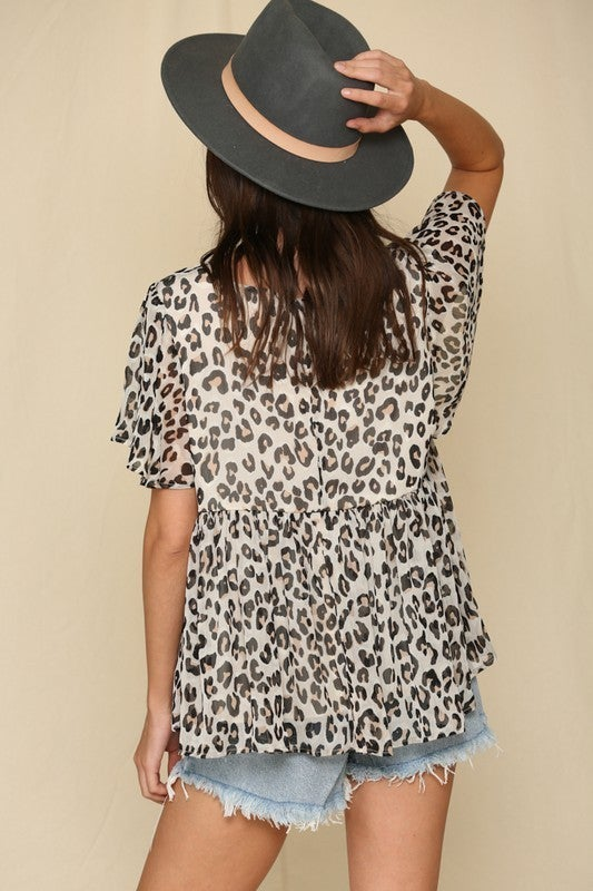 Short Sleeve Leopard Print Crepe Chiffon Top *Final Sale*
