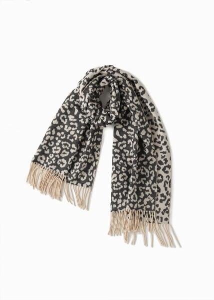 Soft Reversible Leopard Scarf