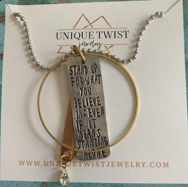 Stand Up Necklace