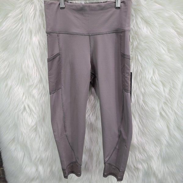 Highwaist Mesh Panel Pocket Capri Leggings