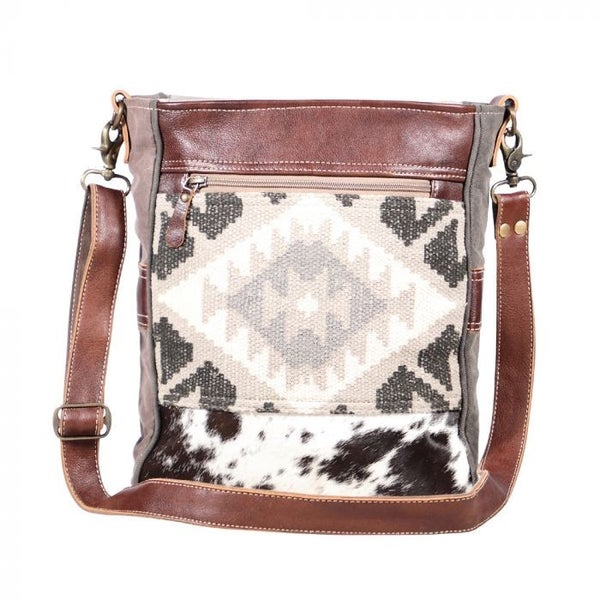 Eazy Breezy Myra Shoulder Bag