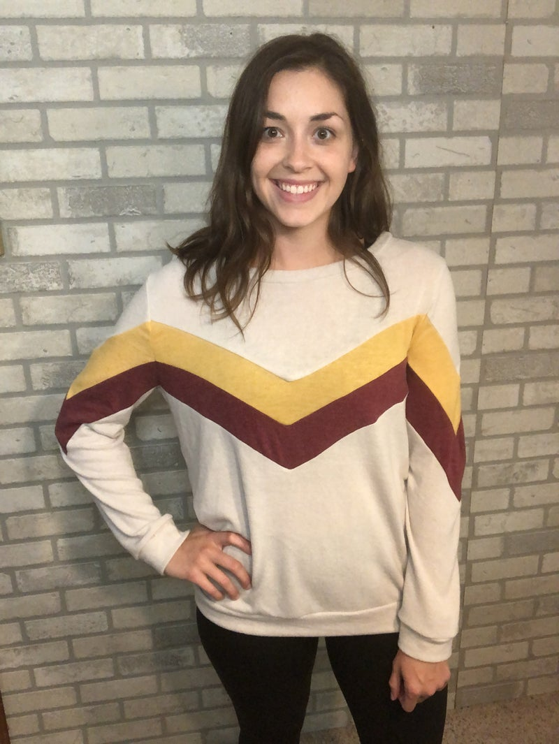 Oatmeal Top With Chevron Accent