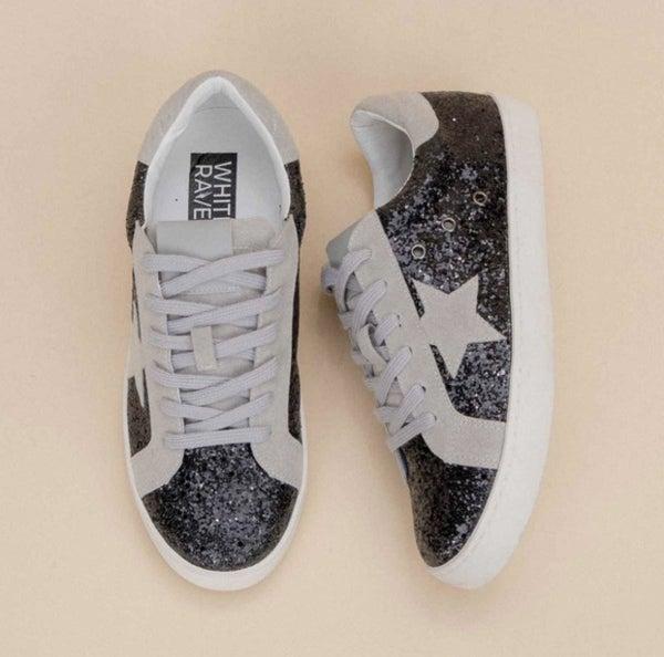 SALE / Galaxy Sneaker