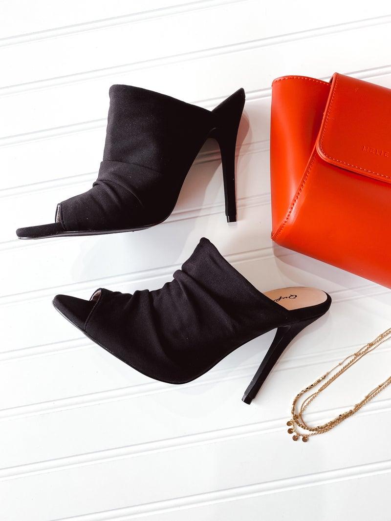 SALE / Black Frasier Heel