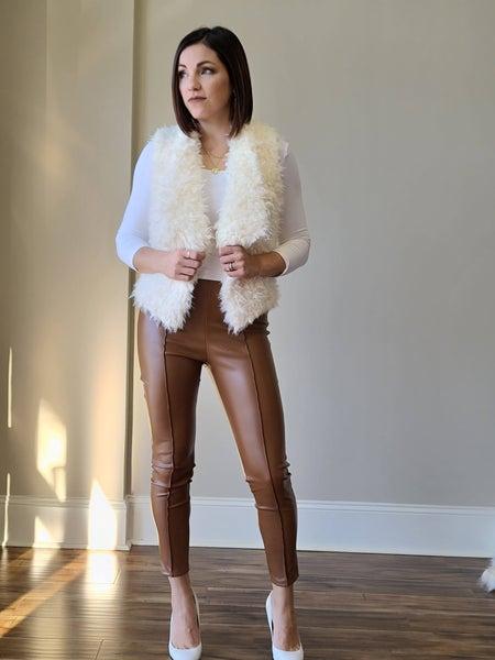 SALE / Chic Faux Leather Leggings