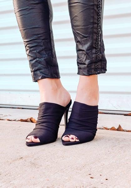 Black Frasier Heel