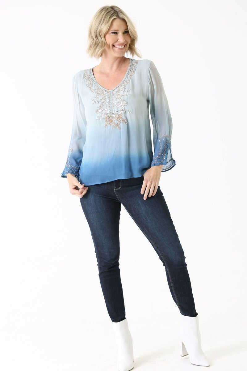 GEORGETTE TOP WITH SEQUINS DETAIL ON TE FRONT AND SLEEVE