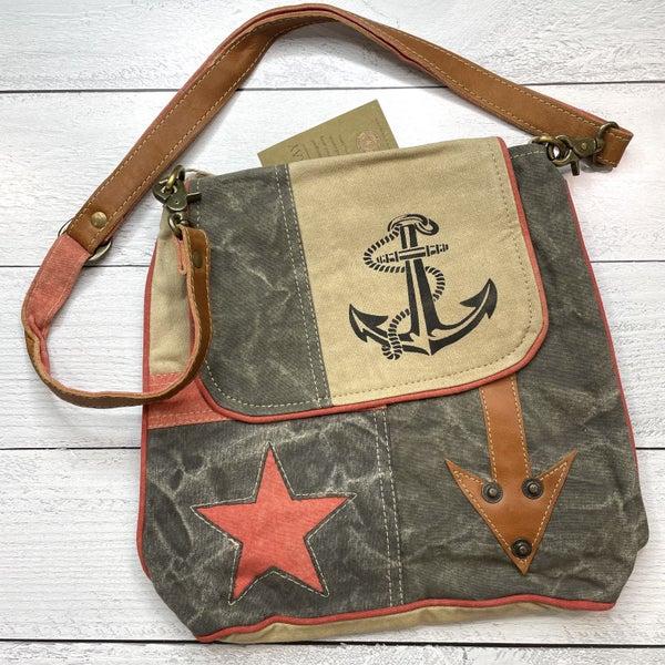 STAR ANCHOR ARROW SHOULDER BAG