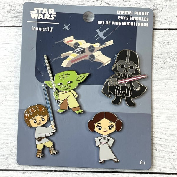 LOUNGEFLY STAR WARS CHIBI GROUP 4 PC PIN SET