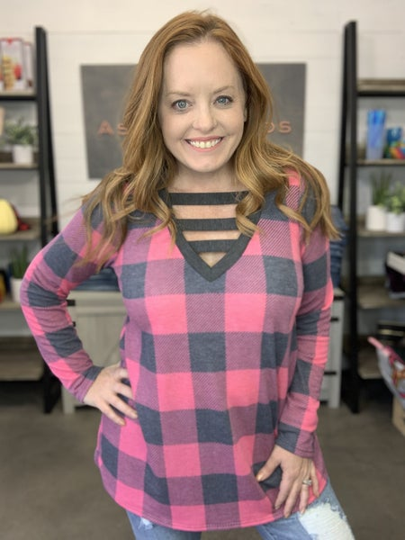 V NECK WITH BAR DETAIL PLAID PRINT TOP