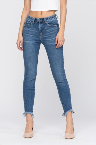 JUDY BLUE MEDIUM WASH NON DISTRESS SHARK BITE SKINNY
