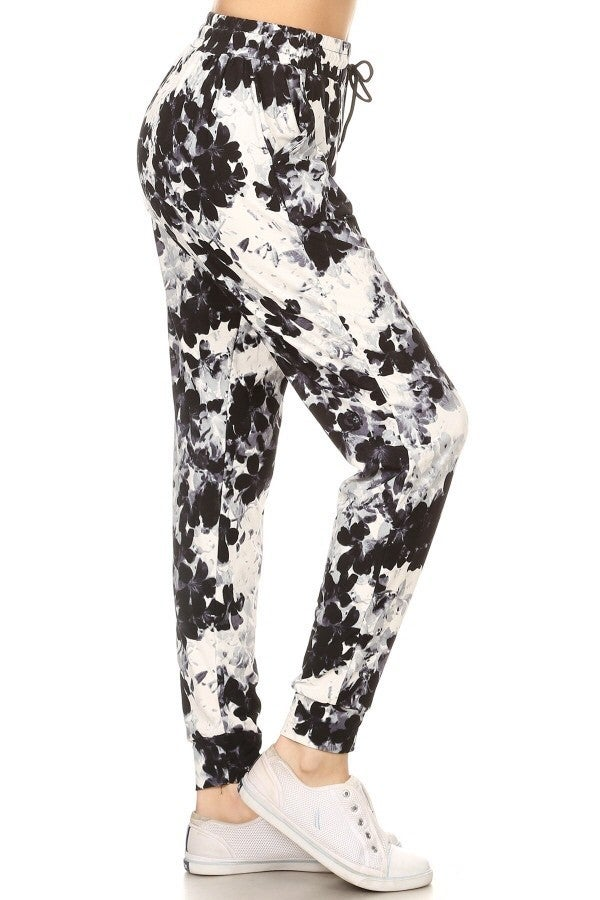 BLACK & WHITE FLORAL JOGGERS