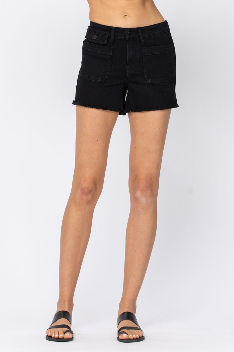 JUDY BLUE BLACK CARGO PATCH POCKET SHORTS