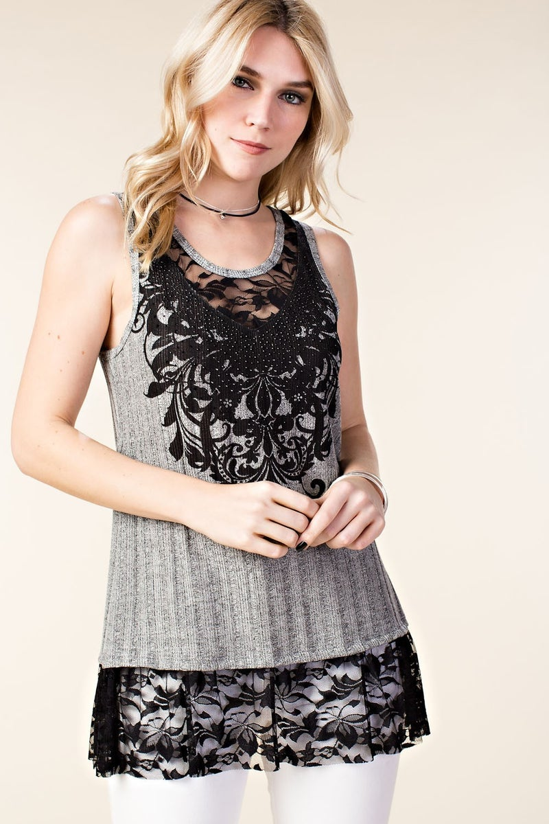 VOCAL SLEEVELESS TOP S/ LACEY BOTTOM