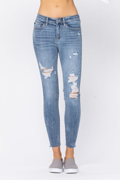 JUDY BLUE MID-RISE DESTROYED RAW HEM