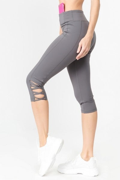 Yelete Women's Active Lattice Capri Cutout Workout Leggings