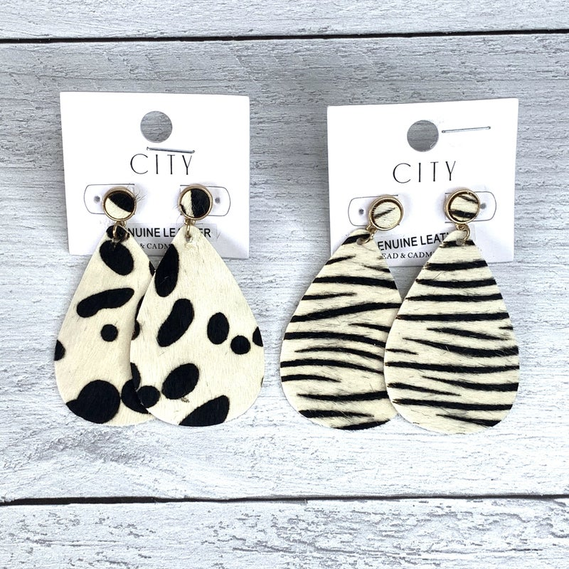 BLACK & WHITE ANIMAL PRINT EARRINGS