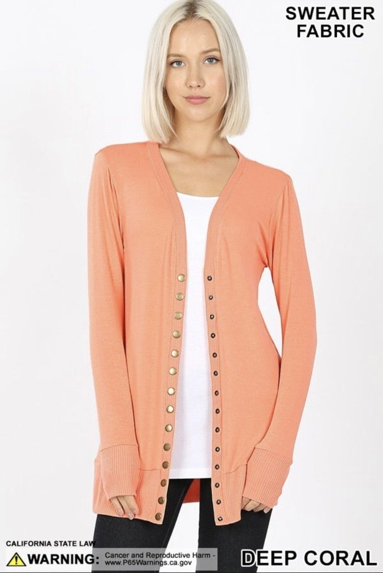 SNAP BUTTON SWEATER CARDIGAN WITH SIDE POCKETS