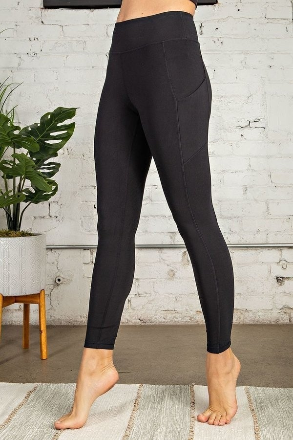 SOLID WORKOUT LEGGINGS W/ POCKETS