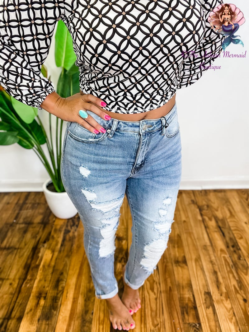 Light Wash Distressed Roll Up Skinny Jeans