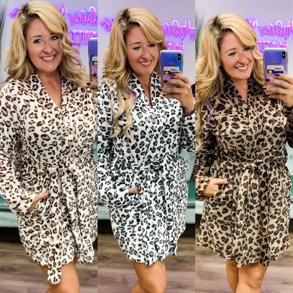 Short Leopard Plush Robes