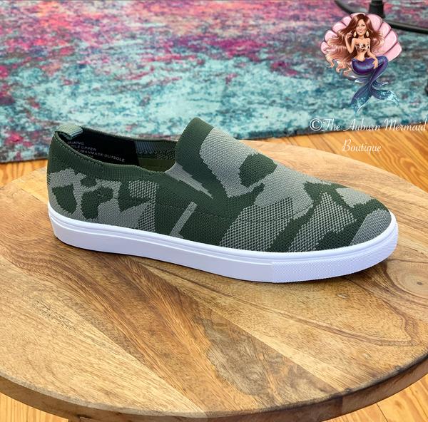 Camo Knitten Slip On Sneakers