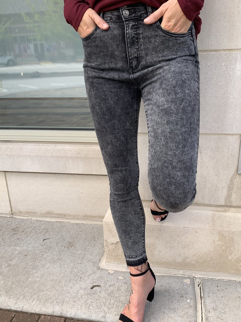 Throwback Super High Rise Skinny Jean