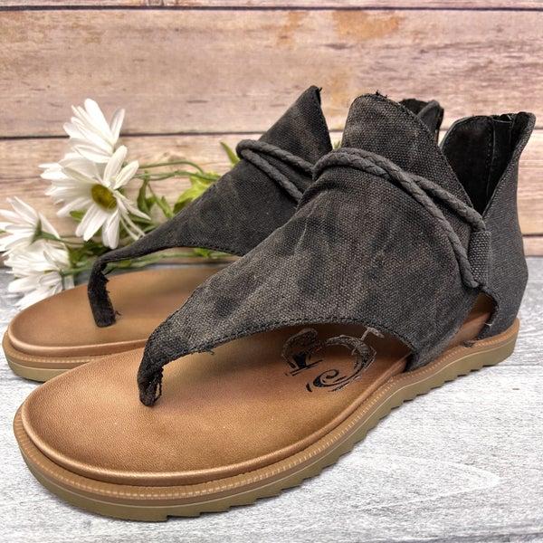 When the Seasons Change Very G Sandal