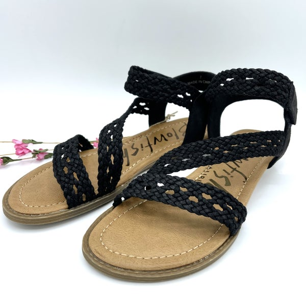 Woven Strap Low-Heal Blowfish Sandals