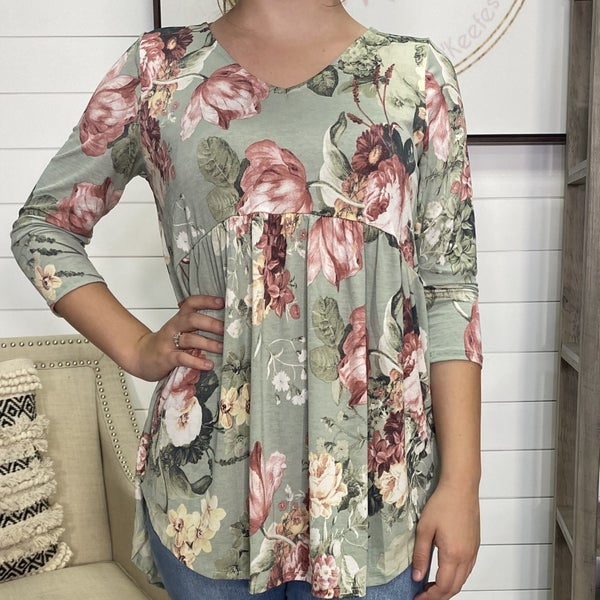 Sage Honeyme Top with Flowers