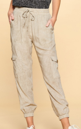 Lightweight Cropped Jogggers