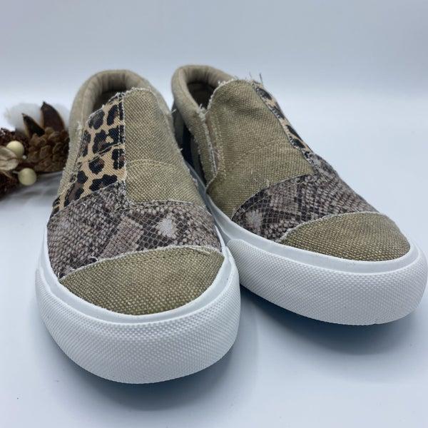 Walk Into The Wild Blowfish Sneakers
