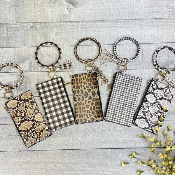 Bangle with Wristlet - 6 colors!