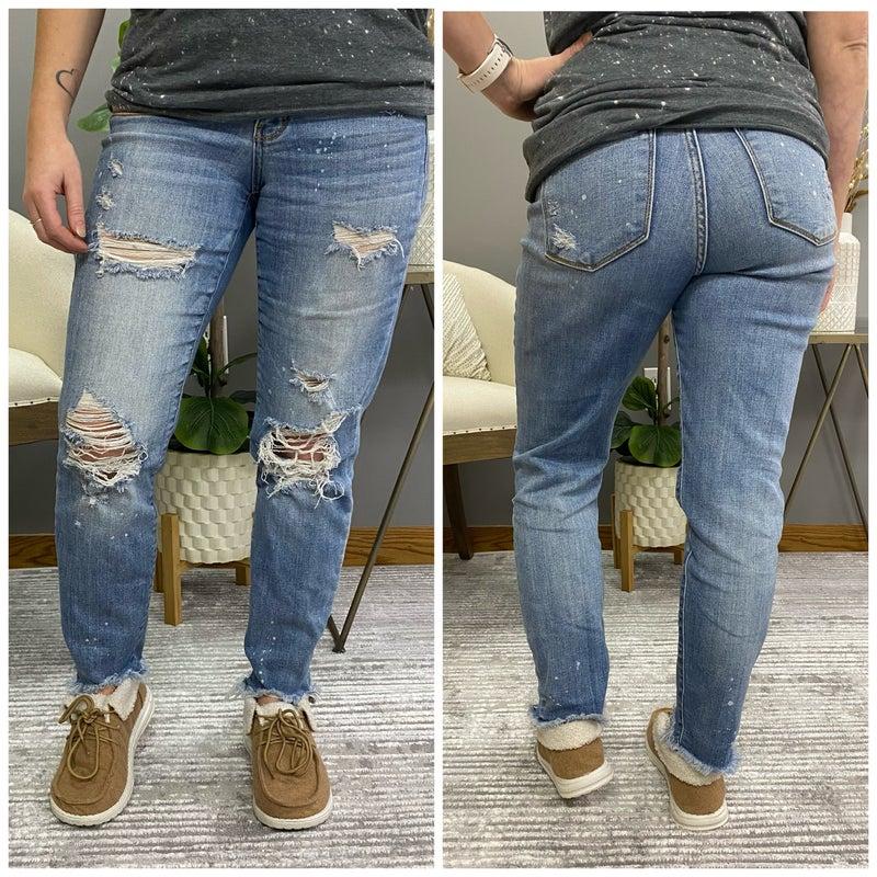 Judy Blue Distressed Bleach Splash Boyfriend Jeans