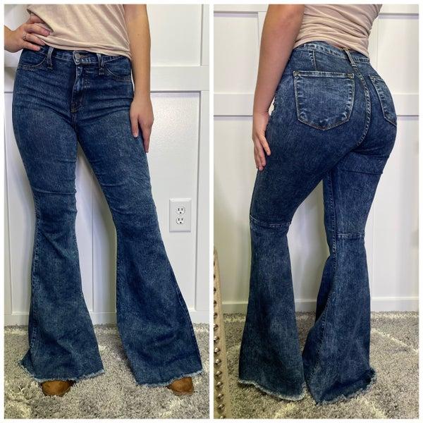 Acid Wash High Rise Super Flare Judy Blue Jeans
