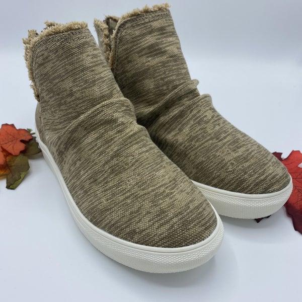 Very G Tan Cozy Comfort Sneaker