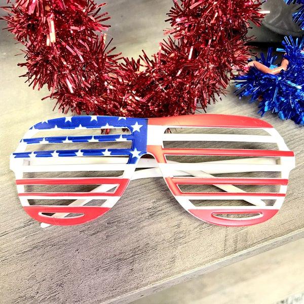 Fun Patriotic Slotted Glasses