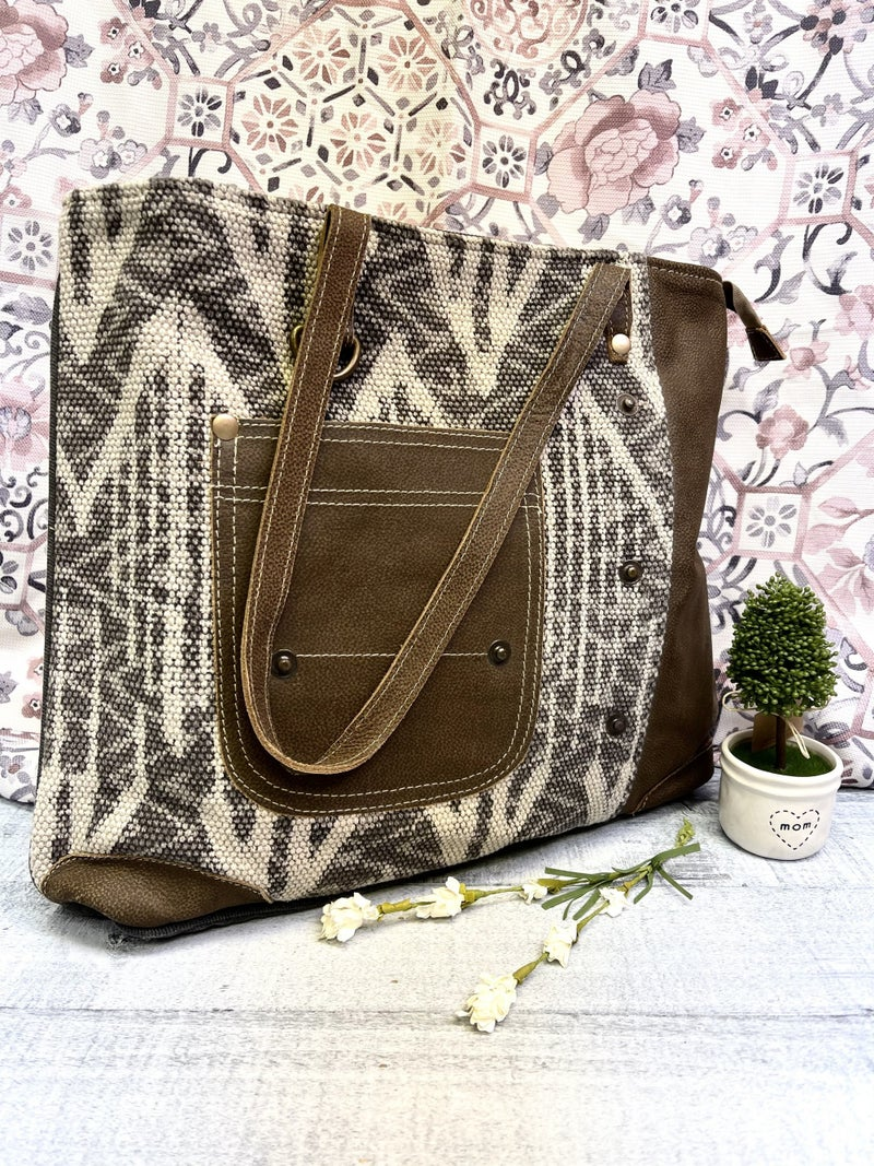 Design Canvas Myra Tote Bag