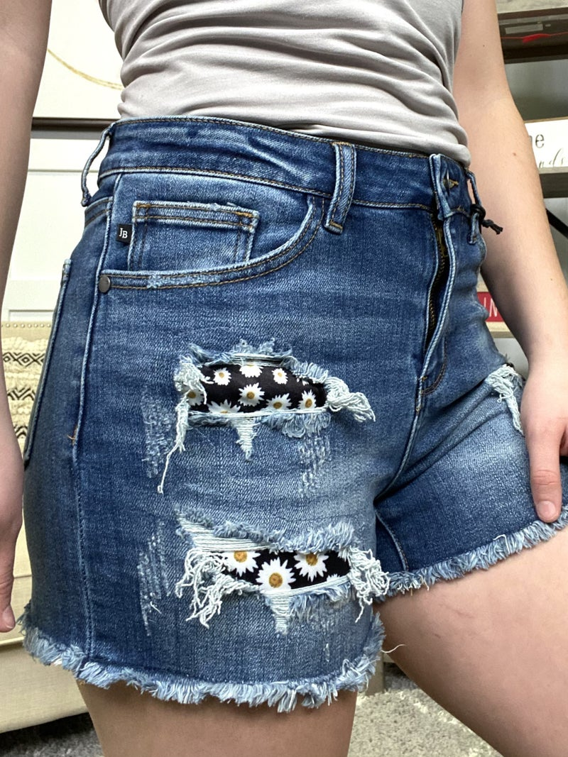 High Rise Daisy Patch Judy Blue Shorts