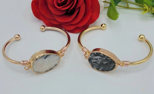 Wired Cuff Stone Bracelet - 2 colors!